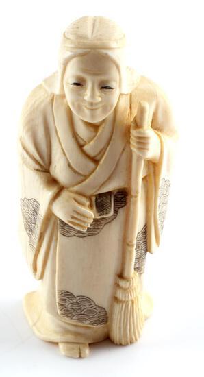 JAPANESE MEIJI PERIOD IVORY OKIMONO FEMALE FIGURAL