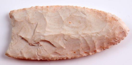 NATIVE AMERICAN CLOVIS STYLED CHERT ARROWHEAD