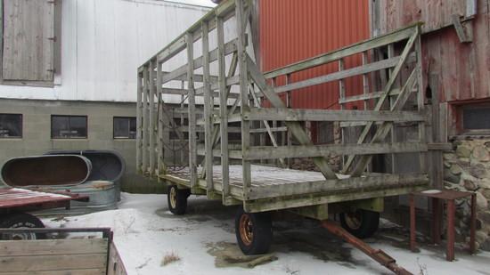 Wooden Thrower Wagon, 10'x16'