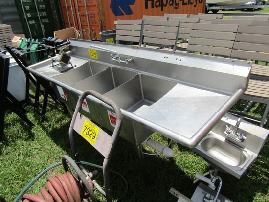3 COMPARTMENT STAINLESS SINK