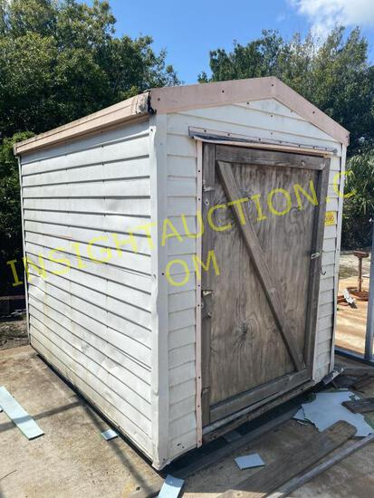 6X8 SHED W/CONTENTS