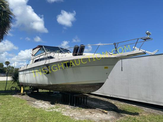 1987 CRUISERS 30FT BOAT W/T