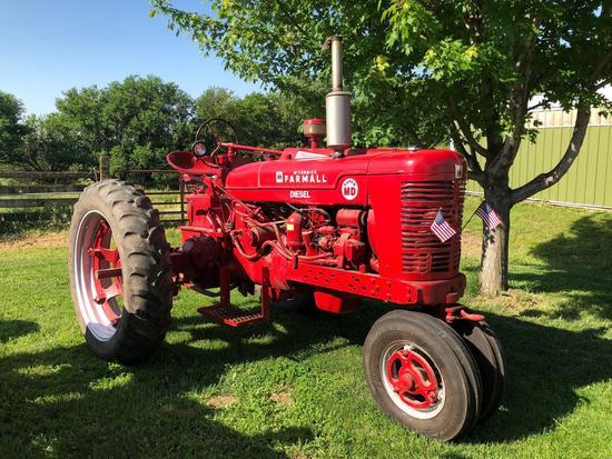 Farmall Super MD Narrow Front Tractor, Diesel, SN:F32559J