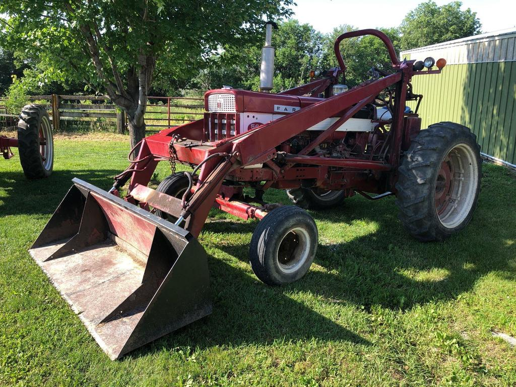 Farmall 560 Wide Front Tractor with Farmhand Loader, Gas, SN:2231