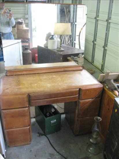 Dresser & Vanity with stool