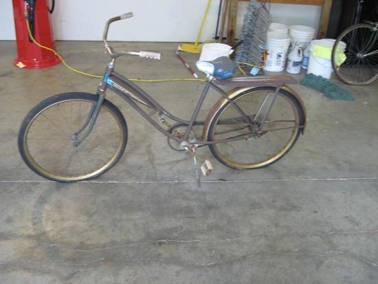 Schwinn Murray ladies vintage bike
