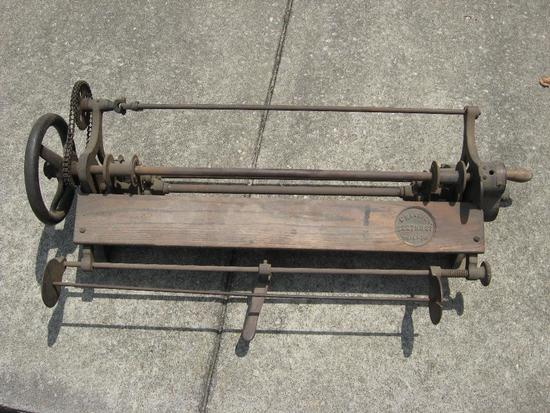 Vintage Carl Kinev & Sons manufactured wall paper cutters/trimmers