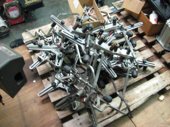 Tire grabber wheel clamps for alignment-2 sets, John Bean, Hofmann, Snap on-Evika