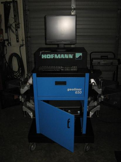 Hofmann Geoliner 650-4 wheel computer alignment machine-3D-Rollback machine w/adjustable height boom