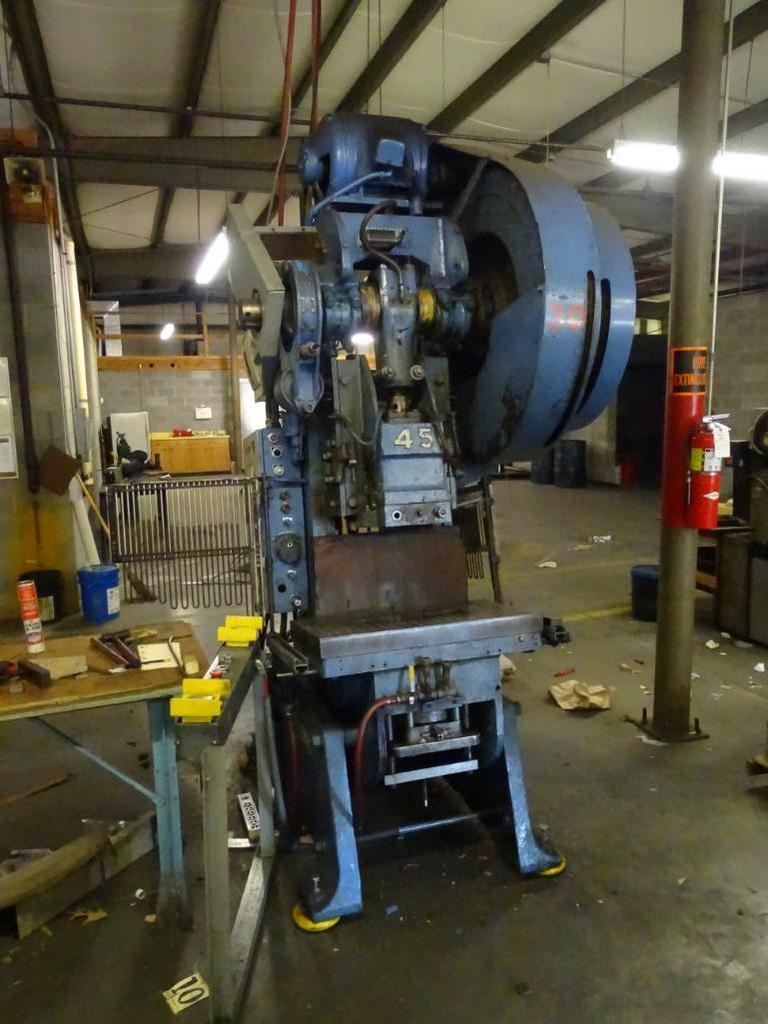 Clearing Punch Press, USN1229, 45-ton | Industrial Machinery