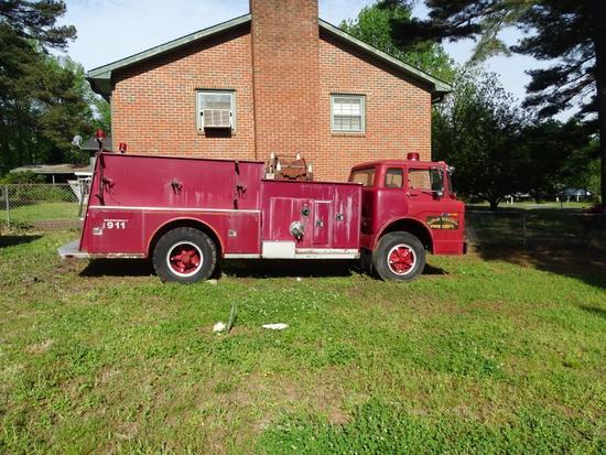 Fire Truck-1974 model 900 American La France. 17,680 miles, VIN #2.1.4111