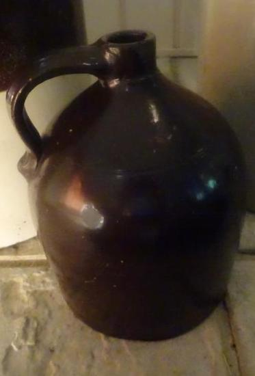 Ovoid Beehive Whiskey Jug-1 gallon Albany slip, attributed to L.P. Norton-Bennington VT. Mid 1800s.