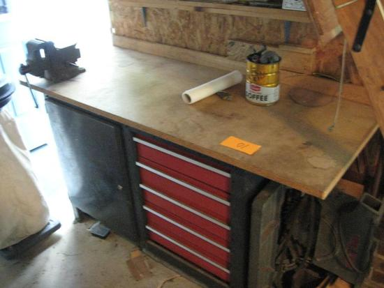 "Work Bench w/ Tool Chest & Vise, 5' long x 25"" deep x 34"" tall Does NOT included tools in drawers."