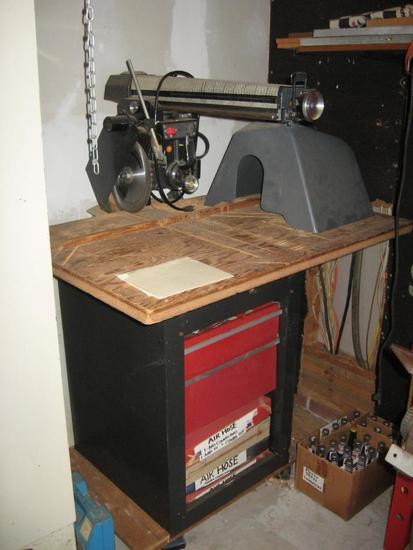 Sears Craftsman 12 in. Radial Saw, Model 113.29501, 2 drawers full of new blades. Manual included.