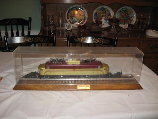 """Congressional Special"" Lionel O 6-8272 Pennsylvania PRR EP-5 Golden Electric Diesel Locomotive"