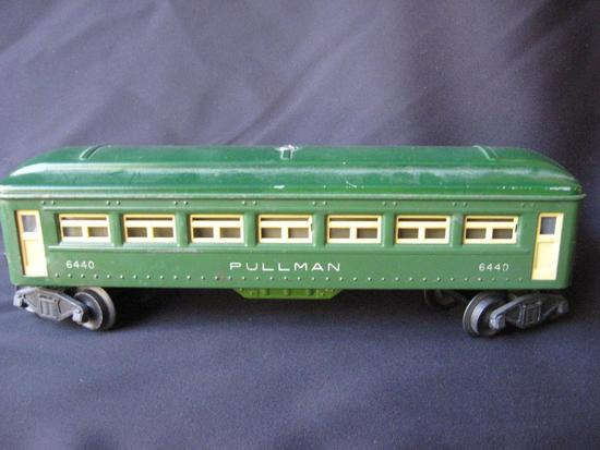 6440 Green Metal Pullman