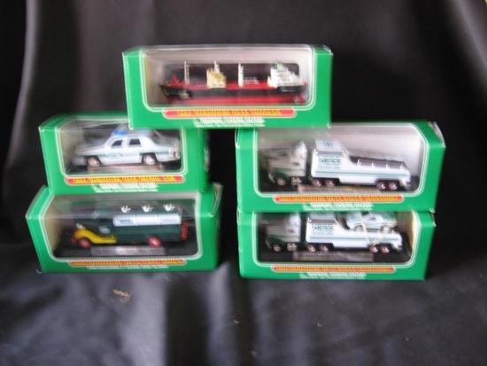 2 2001 Hess Min Racer Transports, 2003 Min Hess Patrol Car, 2000 Hess Min Racer Transport,