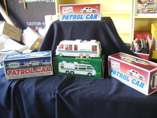 Wilco Patrol Cars (2), Hess Training Vans (2), Hess Patrol Car (1)
