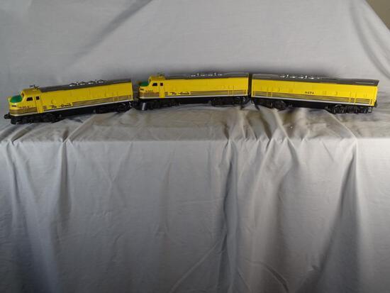 "Rio Grande-3 Units: F-3 ""A"" Diesel, 6-8465; F-3 ""A"" Diesel, 6-8464 and F-3 Non-Pwr ""B"" Unit, 6-8474"