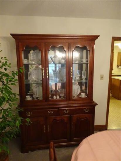 Estate Auction ( deceased )