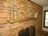 Items on mantle-