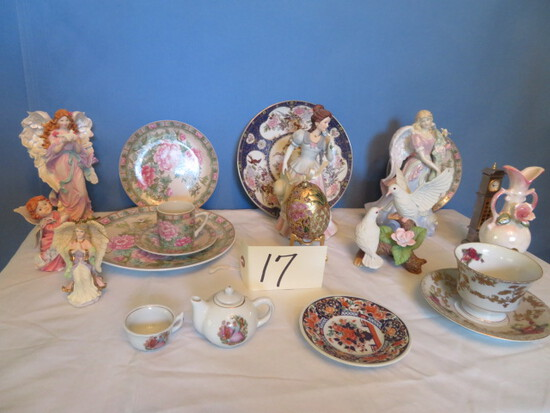 MIXED LOT OF LEFTON CHINA & ANGEL FIGURINES
