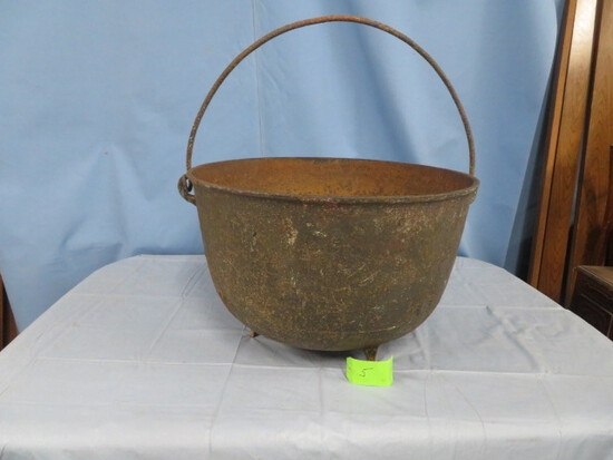 WASH POT W/ HANDLE - HOLE IN BOTTOM & HAIRLINE CRACK