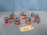 VINTAGE TOMATO VINE PITCHER & 9 CUPS