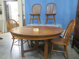 ROUND TABLE W/ 4 CHAIRS  54
