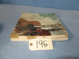 COUNTRY MUSIC TIMES 33 RECORDS IN BOX
