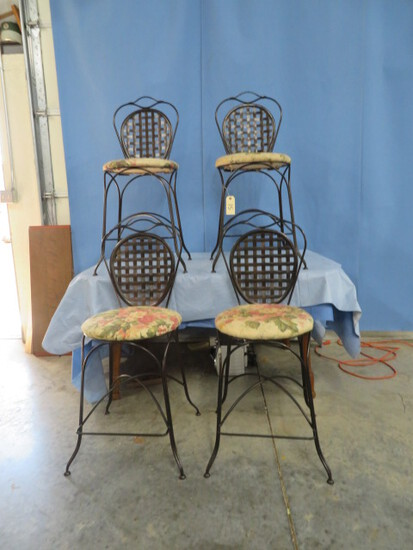 4 METAL BAR STOOLS