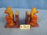 CAST BOOKENDS