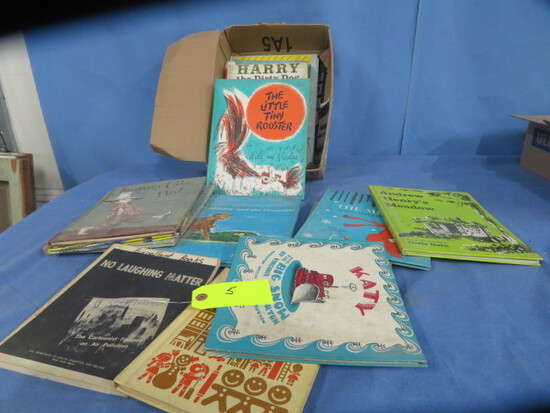 BOX OF CHILDRENS BOOKS