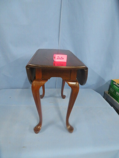 """QUEEN ANNE SIDE TABLE  28 X 15 X 24 T W/ 9"""" LEAVES"""