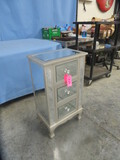 3 DRAWER FELT LINED MIRRORED CABINET  18 X 12 X 31 T