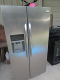 FRIGIDAIRE STAINLESS SIDE BY SIDE  REFRIGERATOR  35W X 33D X 70
