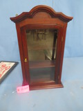 SMALL DISPLAY CABINET  12 X 23 T
