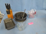 BAKING DISHES, MEASURING CUPS & KNIFE BLOCK SET