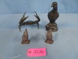2 METAL ROASTERS , METAL CRAB, BIRD
