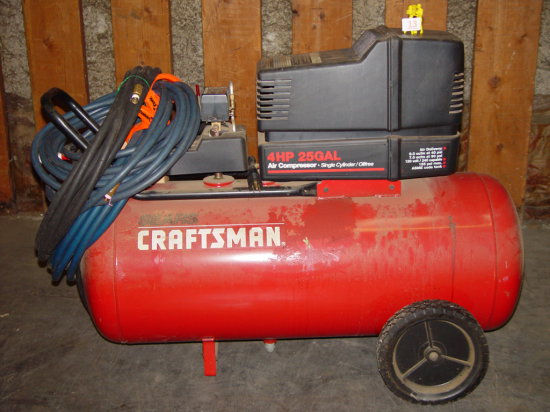 Craftsman 4 Hp 25 Gallon Air Compressor Pickup Only Heavy Construction Equipment Light Equipment Support Air Compressors Auctions Online Proxibid