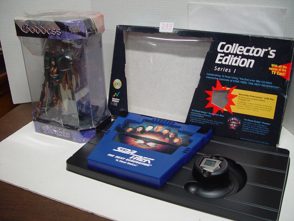 Unreserve Antique & Collectible Auction!