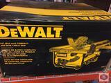 DeWalt 10? Table Saw Job Site DWE7480