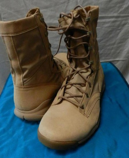 Nike Sfb Boot. Khaki. Size 5.