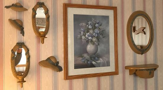 Prints and Wall Decor Lot 1
