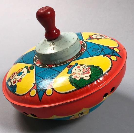 Tin Top with Wood Handle