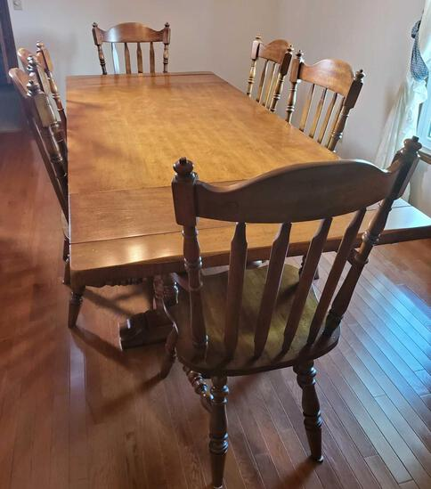 Dinning Table With 6 Chairs (LPO)