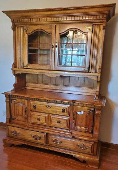 Wood China Hutch and Buffet (LPO)