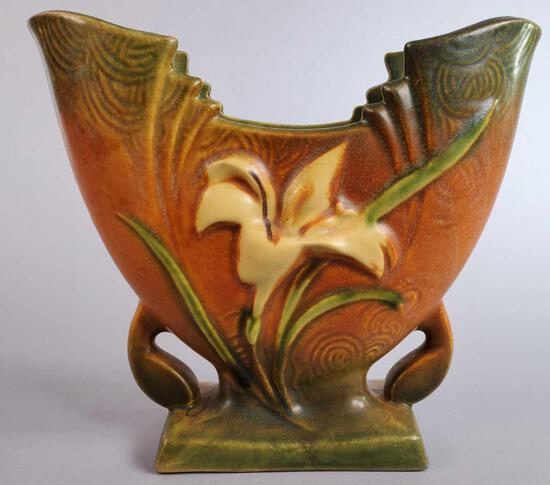 """Roseville Brown Zephyr Lily Fan Vase 205-5"""""""