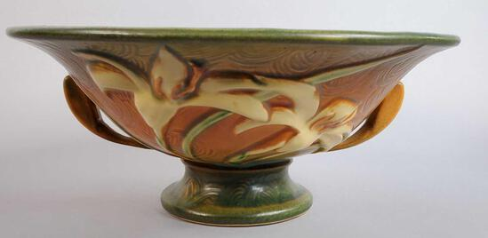 """Roseville Brown Zephyr Lily Footed Bowl with Handles 8-10"""""""