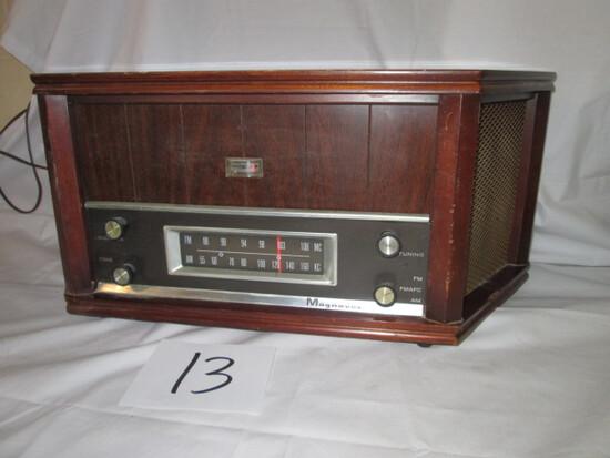 Magnavox Model OFM022 Radio